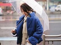 Thời tiết có mưa lạnh đến thế nào, thì chỉ cần chiếc áo này thôi là đủ ấm