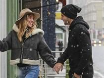 Morata đưa vợ đi mua đồ đón con đầu lòng