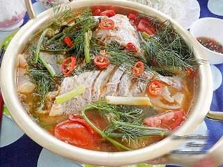 Nóng hổi vừa ăn vừa thổi với cá om dưa