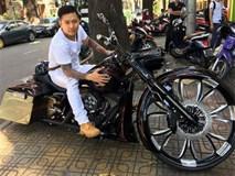 """Những sao Việt giàu """"nứt vách đổ tường"""" nhưng thích đi motor hơn xế hộp"""