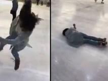 Clip cô gái trượt băng ngã liên tục vẫn cười hút hơn 10 triệu lượt xem
