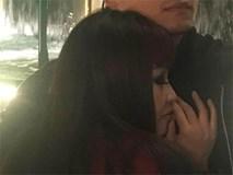 Sau khi khoe sổ đăng ký kết hôn, Phương Thanh bất ngờ đăng ảnh giấu mặt người yêu