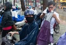 Toàn bộ học sinh, sinh viên TP.HCM nghỉ học tránh bão Tembin từ sáng nay