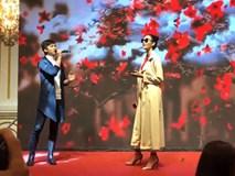 Sau màn thi hát thảm họa, Hoàng Thùy tự nhận là Miss Karaoke tại Hoa hậu Hoàn vũ