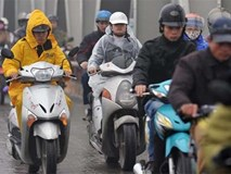 Ngày đầu tiên của kỳ nghỉ Tết Dương lịch, Hà Nội mưa rét 12 độ C