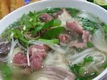 Người Việt ăn mặn: Ăn 1 bát phở phải nhịn muối cả ngày