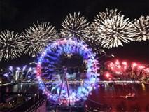 Đại tiệc pháo hoa rực rỡ kéo dài 12 phút bên sông Thames