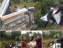 Xe hoa bất ngờ lao xuống vệ đường, cô dâu chú rể may mắn thoát nạn