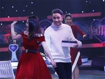Vì yêu mà đến: Happy ending thứ 3 xuất hiện, Karik nắm tay cô sinh viên xinh đẹp rời khỏi chương trình