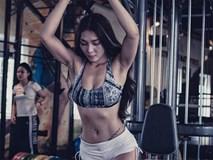 Nữ huấn luyện viên nặng 60 kg vẫn sở hữu vòng eo 56 cm