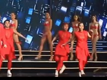Khi Hoa hậu ngã: Đứng ngay dậy, đau mấy thì cũng vẫn phải cười!