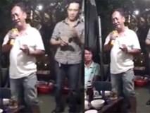 Người đàn ông giả giọng gái khiến người nghe sởn da gà