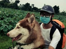 Câu chuyện về chàng trai chuyên đi phượt với cún cưng, thà nhịn ăn chứ không để boss đói