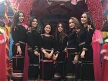 Chỉ là bức ảnh chụp chung, nhóm thiếu nữ Ê Đê gây bão vì ngoại hình xinh đẹp