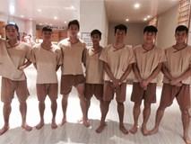 Kiệt sức, U23 Việt Nam phải trị liệu để hồi phục