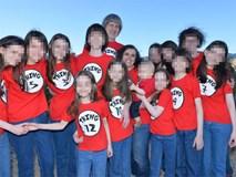 """""""Kẽ hở"""" cho vụ cha mẹ tra tấn, bạo hành 13 người con: Căn phòng tra tấn trẻ em núp bóng """"trường học tại gia"""" ở Mỹ"""