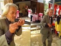 CLIP: Cụ ông cầm mic ngang và điệu nhảy bất chấp tuổi tác