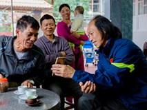 Bố Vũ Văn Thanh: 'Sút trượt luân lưu là về ốm đòn'