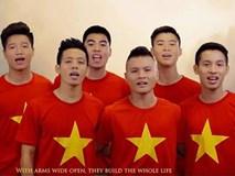 Bất ngờ hình ảnh Quang Hải, Xuân Trường hát, Công Phượng nhảy sục sôi ý chí