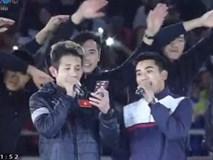 Hồng Duy Pinky bị đồng đội trêu khi chào khán giả như ca sĩ thực thụ