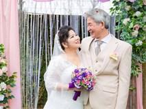 Cận cảnh đám cưới như cổ tích NSND Thanh Hoa tuổi U70 và chồng trẻ