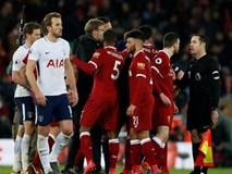 """Klopp nổi điên, tố trọng tài """"muốn chơi nổi"""" cướp chiến thắng của Liverpool"""