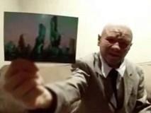 Khẳng định là nhà du hành thời gian trở về từ năm 2118, người đàn ông đưa bức ảnh thành phố kỳ lạ làm bằng chứng