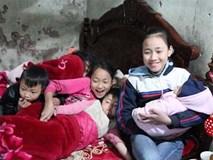 Tết đến muộn với gia đình người phụ nữ 29 tuổi, sinh 8 đứa con giữa lòng Hà Nội