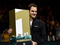 Roger Federer trở lại ngôi số 1 thế giới, lập kỷ lục chưa từng có