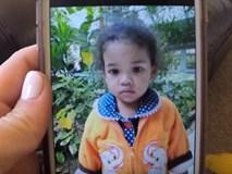 """Nhận con gái nuôi được 2 tháng, người mẹ đau đớn khi nhìn thấy một tấm ảnh và bật khóc: """"Đó không phải con gái tôi"""""""