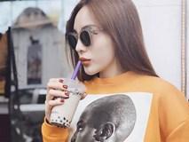 """Diện áo phông hình cực chất của Zara đi chúc Tết, Kỳ Duyên lại """"đụng"""" ngay Jolie Nguyễn"""