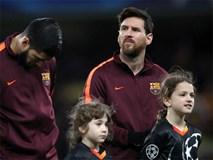 Messi phá dớp, Barcelona may mắn thoát thua Chelsea