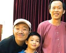 Hà Hồ rạng rỡ đưa con trai đi gặp hai thần tượng trong showbiz