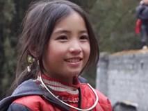 Xinh như con lai, đẹp tựa thiên thần, những bé gái vùng cao này khiến cư dân mạng không khỏi xuyến xao