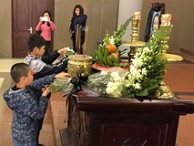 Xúc động lễ tiễn biệt bé gái 7 tuổi hiến giác mạc sau khi qua đời