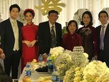 Lộ ảnh Mai Hồ bí mật tổ chức lễ đính hôn với người yêu cực điển trai