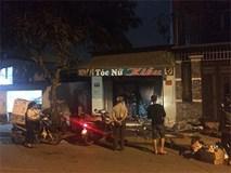 Đôi nam nữ bốc cháy nghi ngút trong tiệm tóc khoá trái cửa ở Sài Gòn