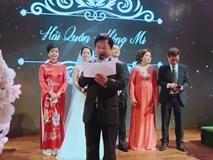 Vợ chồng nghệ sỹ Chiều Xuân - Đỗ Hồng Quân song ca tặng con gái trong ngày cưới