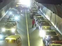 Cấp cứu bệnh nhân xuất huyết não gặp cảnh tắc đường và đây là cách ứng xử đầy tình người của các tài xế Trung Quốc