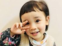 Chưa đầy 4 tuổi, cô bé này đã có thể sử dụng tiếng Anh như tiếng mẹ đẻ nhờ mẹ dạy song song từ khi tập nói