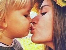 Dù có yêu thương đến thế nào đi nữa thì cũng tuyệt đối đừng hôn môi con