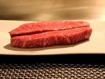 Khó tin: Thịt bò Nhật 10 triệu/kg, dân Campuchia mỗi người ăn 3 kg