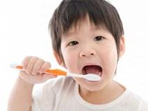 Để không còn phải thúc giục con đánh răng, hãy học ngay chiêu này