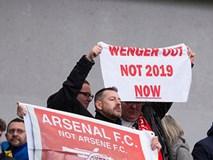 Arsenal thua 4 trận liền, fan khóc nức nở