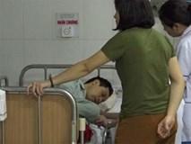 Người chồng dùng búa đập chết vợ rồi uống thuốc cỏ tự tử được đánh giá hiền lành