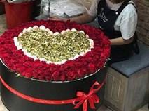 Quà tặng 8/3: Đại gia tặng vợ bó hoa hồng 300 bông, giá 30 triệu