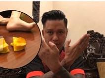 Xem Tuấn Hưng dùng một tay cắt đôi trái khế cực hài