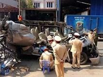 Sơn La: Kinh hoàng xe du lịch đâm vào xe tải, 14 người thương vong