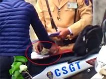Hà Nội: Tạm đình chỉ nhiều CSGT vì nghi mãi lộ