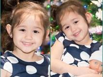 Bé gái 5 tuổi khóc sướt mướt khi xem lại clip chia tay chị gái đi học xa đốn tim dân mạng